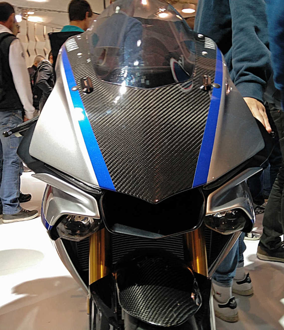 yamaha R1M carbon look