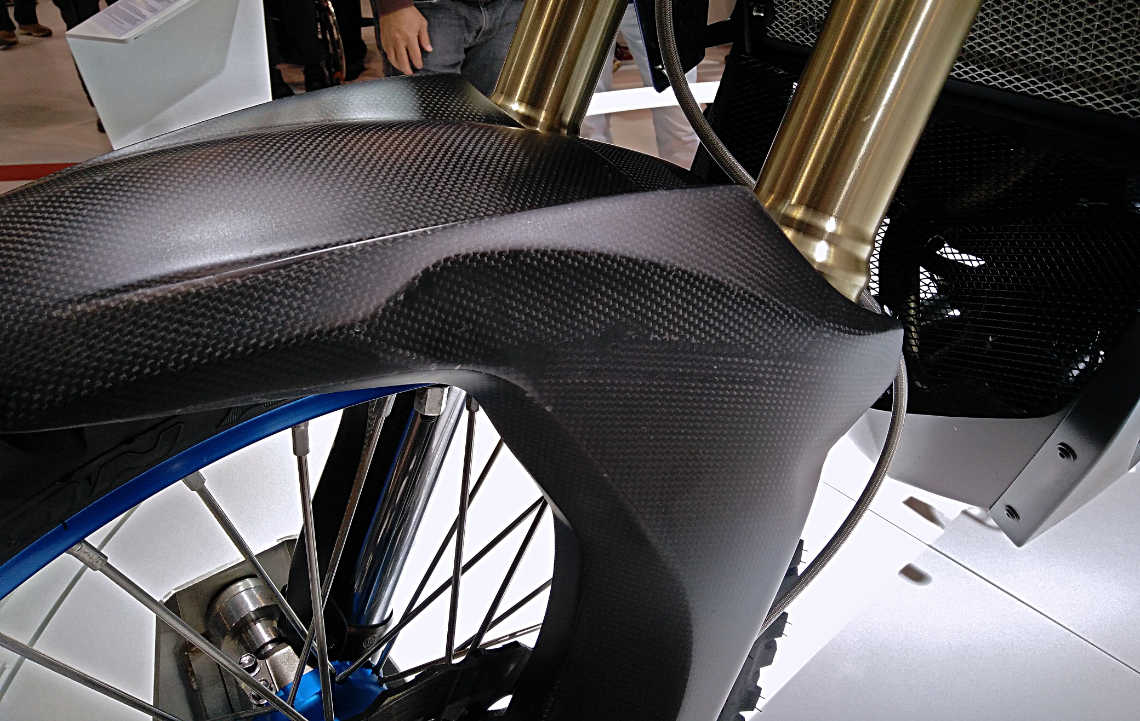 yamaha t7 concept carbon look